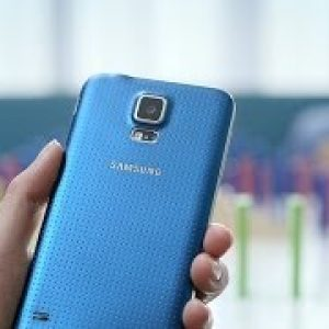 Samsung GALAXY S5 : Official Hands-on – youtube