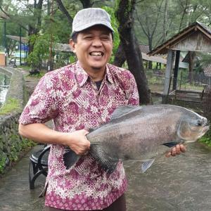 Dewan Dorong Pemkot Tingkatkan Produksi Batik Semarangan