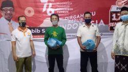 Sukseskan Program 1,7 Juta Sembako PKS, Sifin Almufti Bagikan Sembako untuk Penggali Kubur